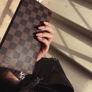 Lv Damien wallet